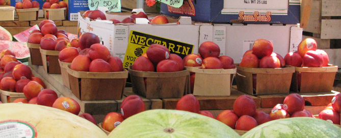 Summer Farm Stands Make Fruit and Veggies So Appealing